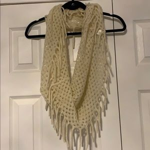 Accessories - 🧣2 for $15-Cream knit infinity scarf
